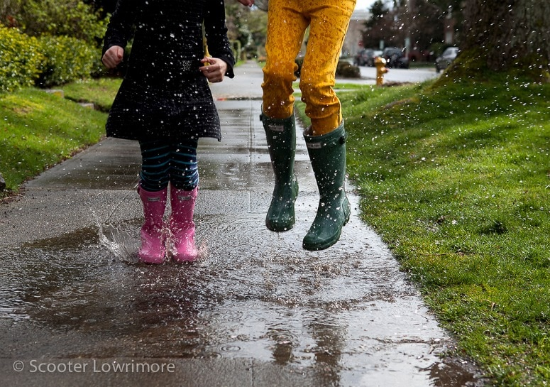 jumping in puddles is a great alternative to screen time for kids!