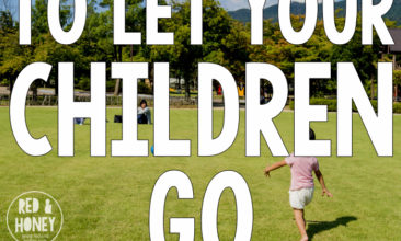 5 Reasons to Let Your Children Go Barefoot