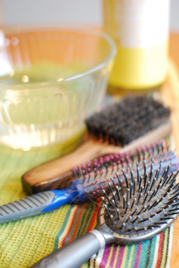 how to clean my hairbrush