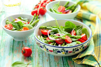 Spinach,tomato and  asparagus salad