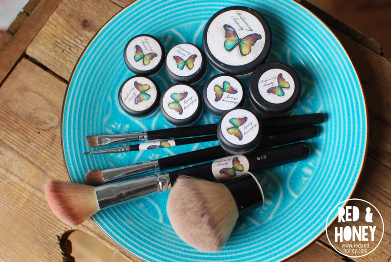 My Experience with Natural Mineral Makeup - R&H 1