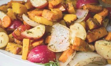 4 Reasons Why You Should Eat Seasonally (+ Harvest Roasted Vegetables Recipe)