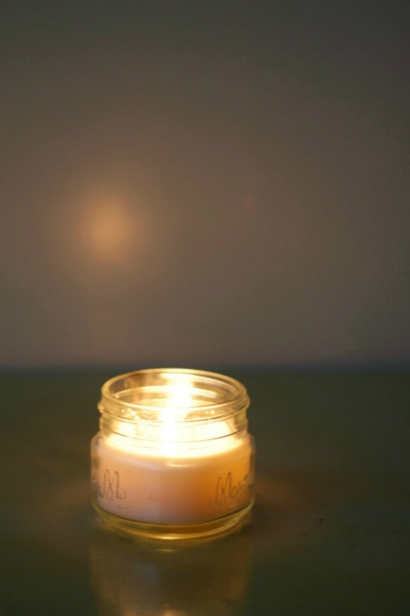 10-ways-to-create-hygge-this-winter-candle