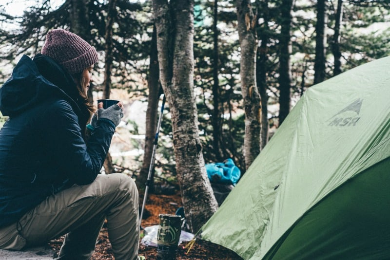 6 best essential oils for camping