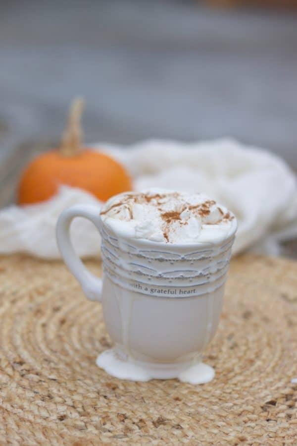 This Paleo pumpkin spice latte is THE BEST!