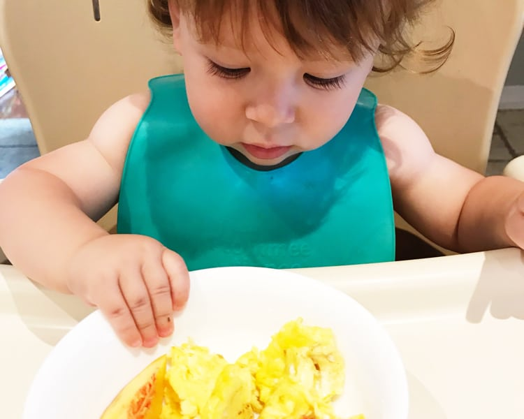 Baby-led weaning doesn't need to be so stressful! Take a relaxed, combined approach and do what works!
